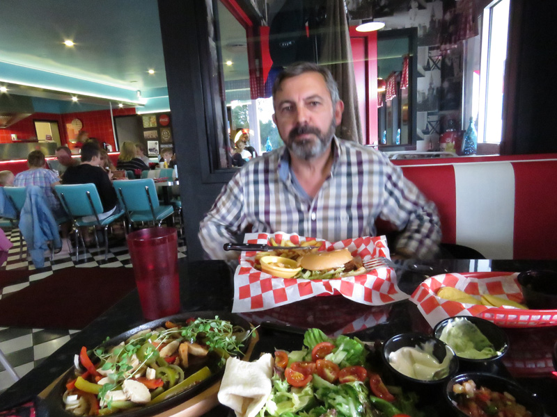 american-diner-on-road-to-sunne-2