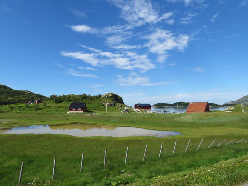 at-harbour-near-sammaroy-4