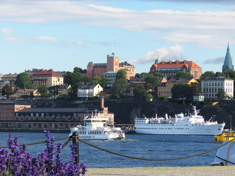 beside-water-stockholm-1a