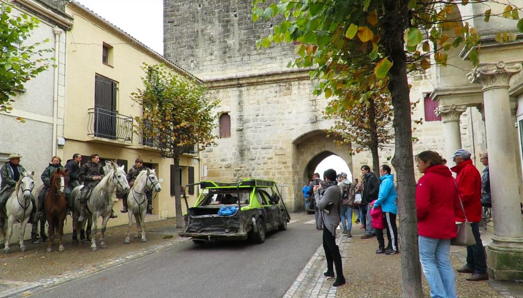cars-after-bull-run-in-street-4