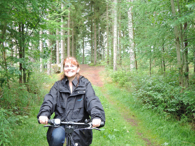 cycling-through-site-woodland-2