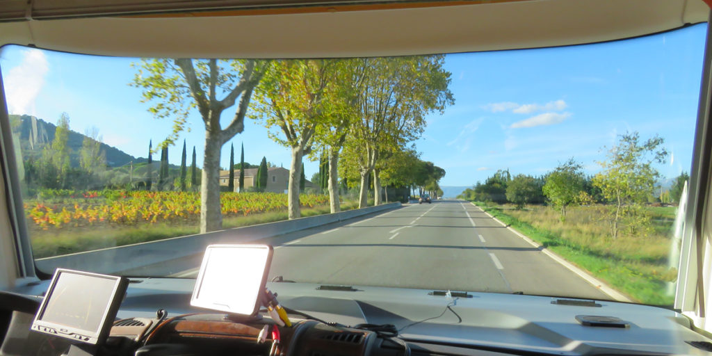 journey-to-cruges-les-pins-from-toulons-2