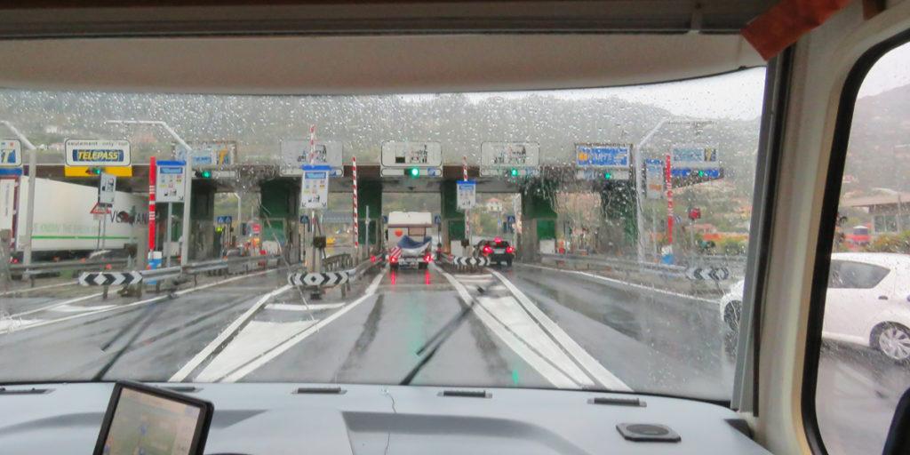 leaving-diano-marina-last-italian-toll-8