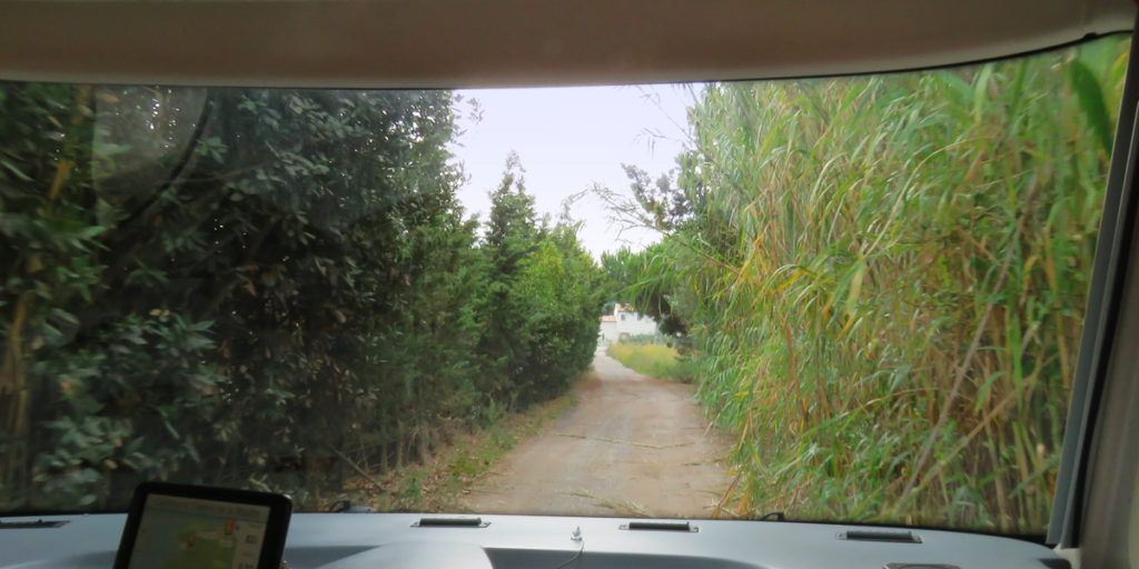 leaving-st-tropez-aire-tight-squeeze-1