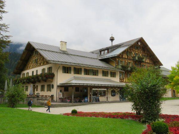 linderhof-12
