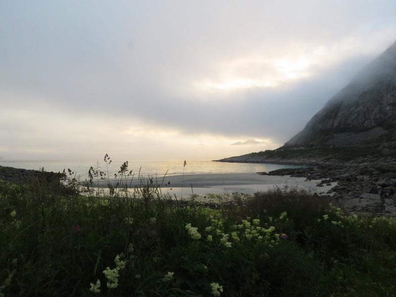 rorvika-beach-near-henningsvaer