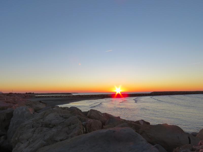 saintes-maries-de-la-mer-sunrise-1