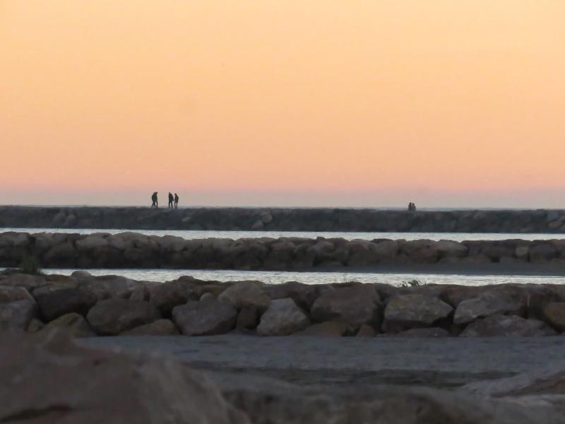 saintes-maries-de-la-mer-sunset-10