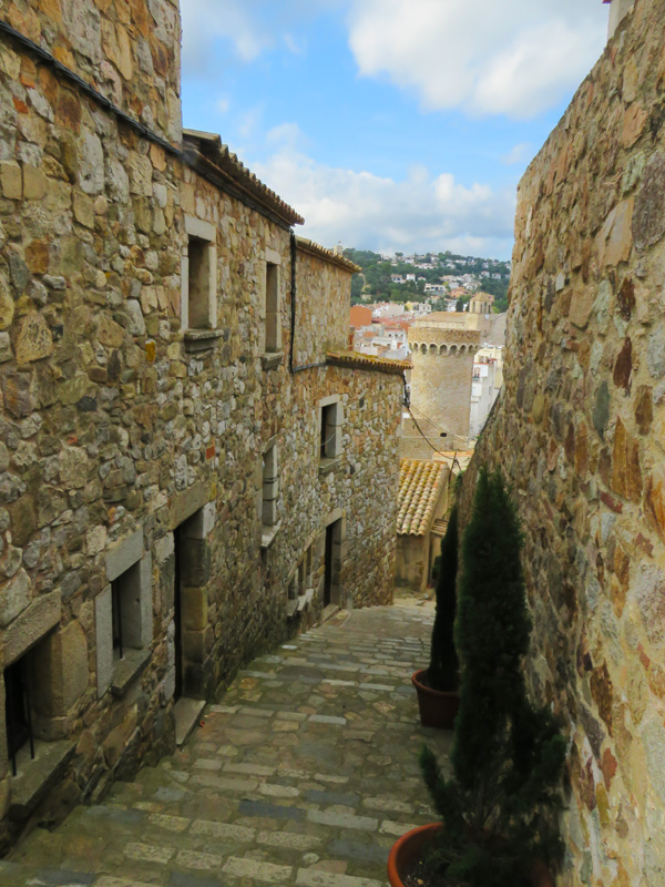 tossa-de-mar-walled-city-4