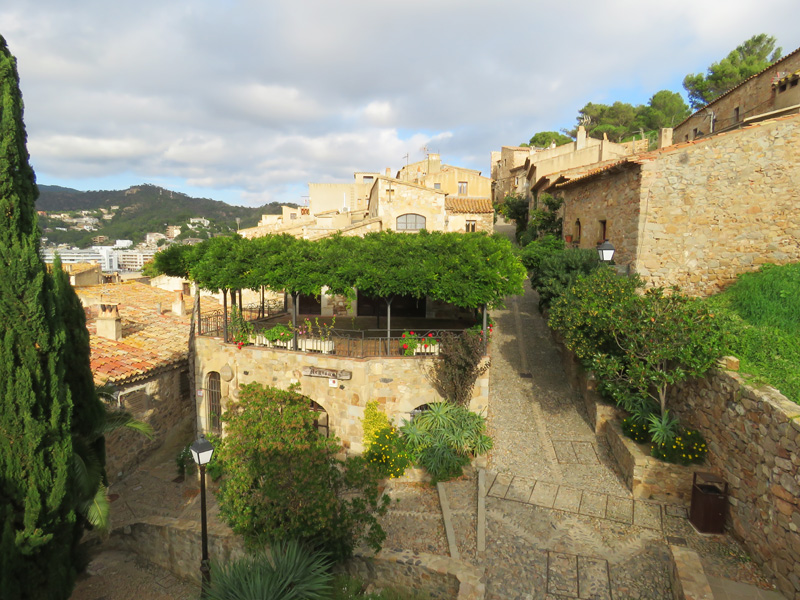 tossa-de-mar-walled-city-6