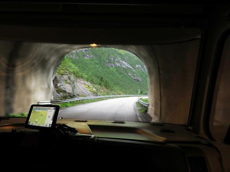 tunnel-1b-800x600