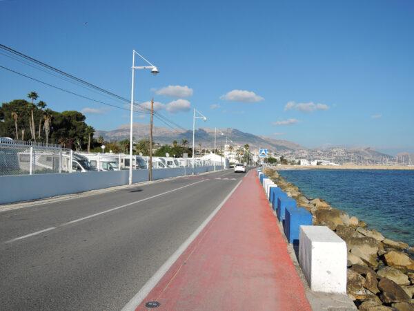 The road into Altea and L'Albir.