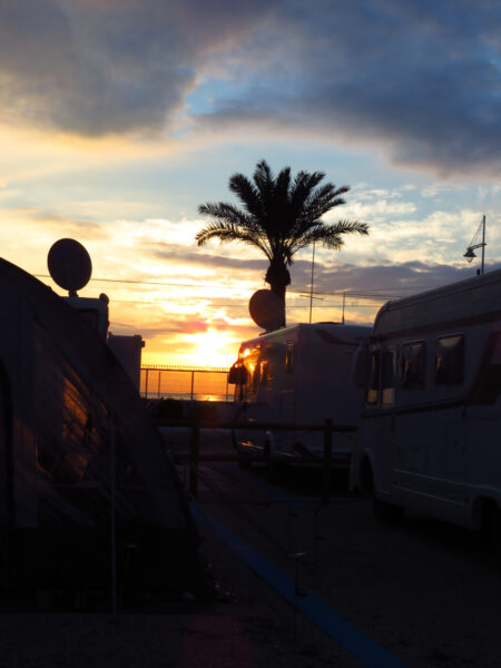 I can see the sun setting from our van, get to the beach quickly it's a photo opportunity!