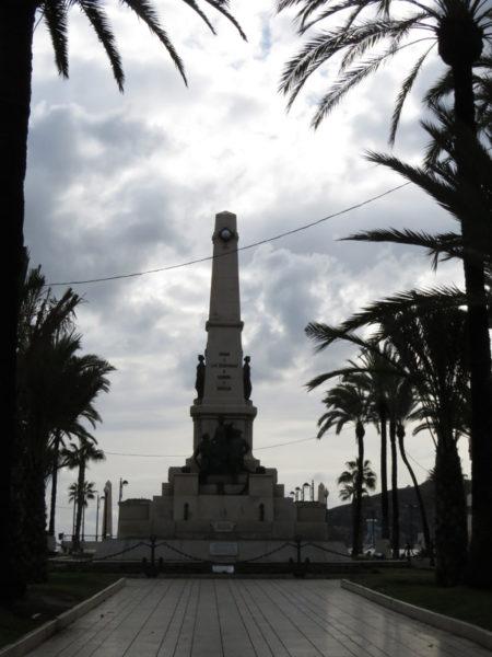 Monument to fallen Spanish sailors at Cavite.