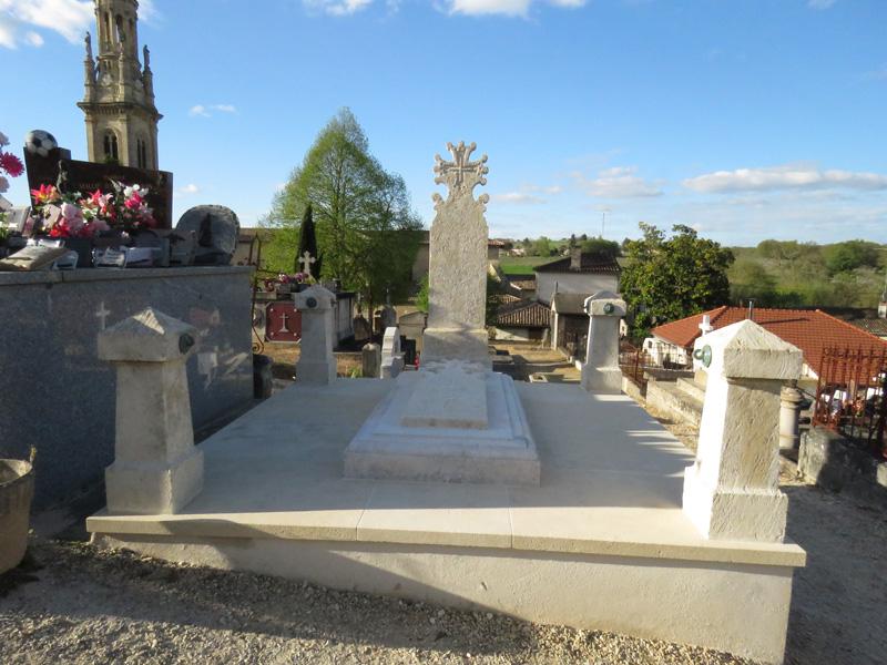 Grave of Henri de Toulouse-Lautrec