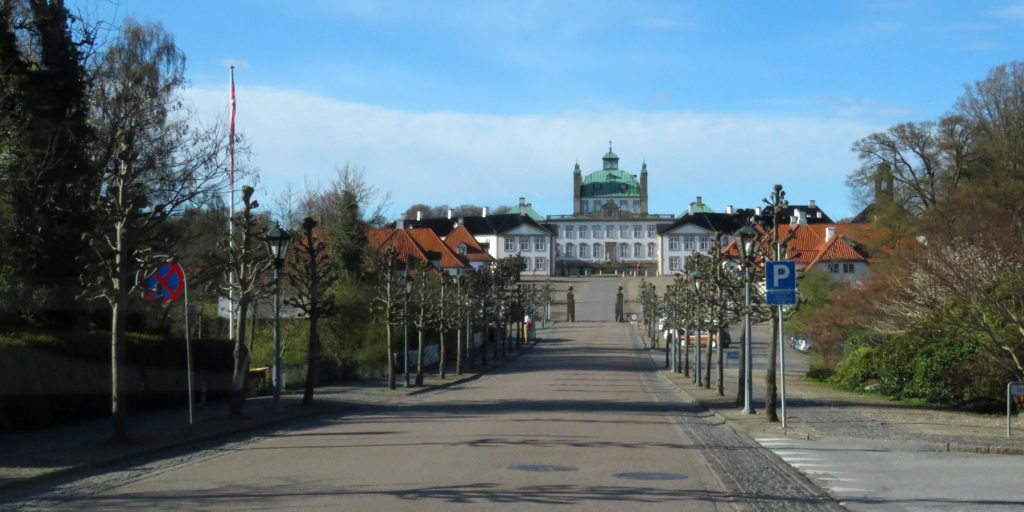 Fredensborg Palace, nowhere to park near here either.