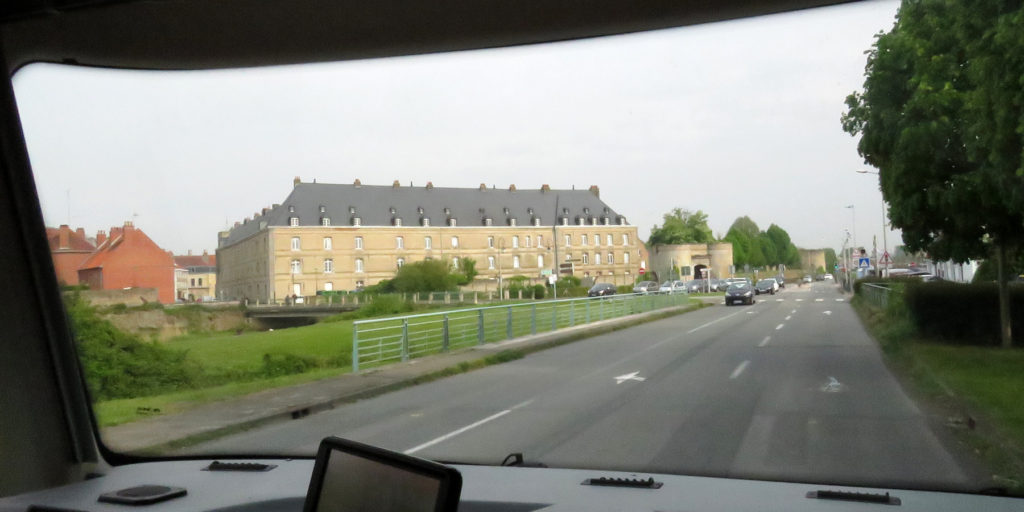 We had a feeling of déjà vu as we reached the outskirts Bergues.